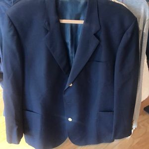 Facconable Blue Wool sport Coat with gold buttons